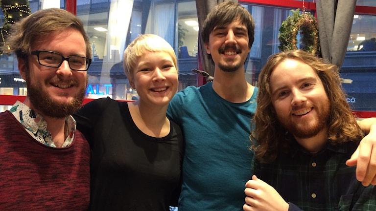 Tobias Johansson, Ingrid Malmèn, Felix Brag och Simon Sjöstedt från Kungliga Musikhögskolan har gjort låtar av Nobelpriserna.