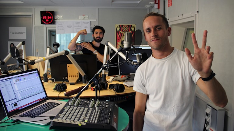 Stefan Storm från The Sound of Arrows i P5 STHLM:s studio.