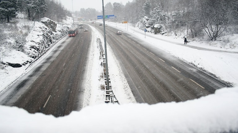 Vinterväg. Foto: Peter Johansson/Sveriges Radio.