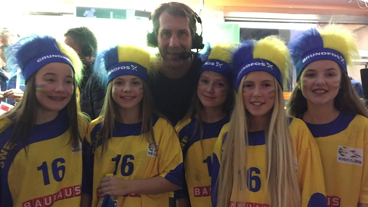 Spelare i Baltichovs 04:or tillsammans med Magnus Wislander