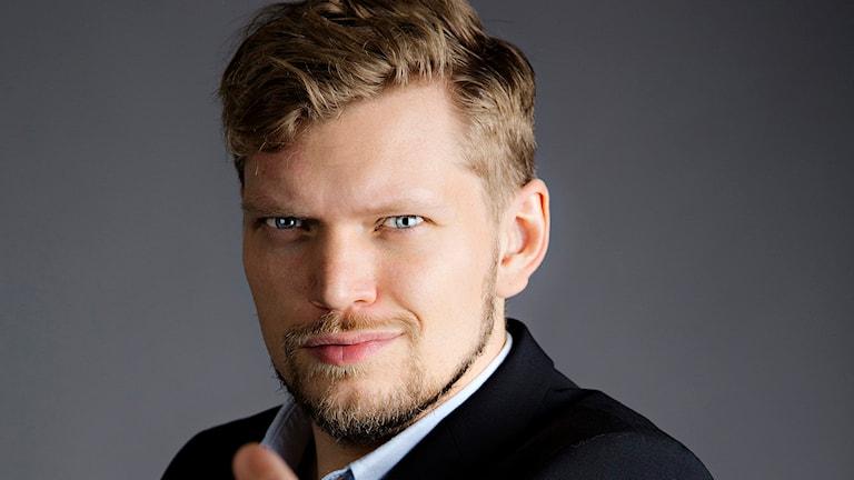 Korrerapporten. Henrik Torehammar. Foto: Martina Holmberg/Sveriges Radio.