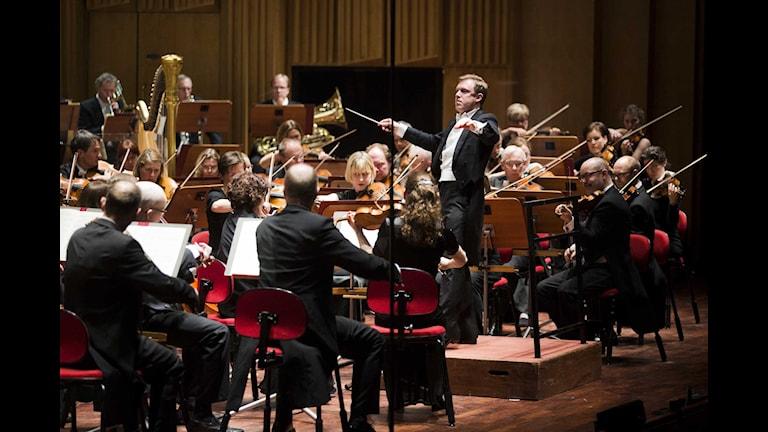Daniel Harding leder Sveriges Radios Symfoniorkester. Foto: Mattias Ahlm/Sveriges Radio