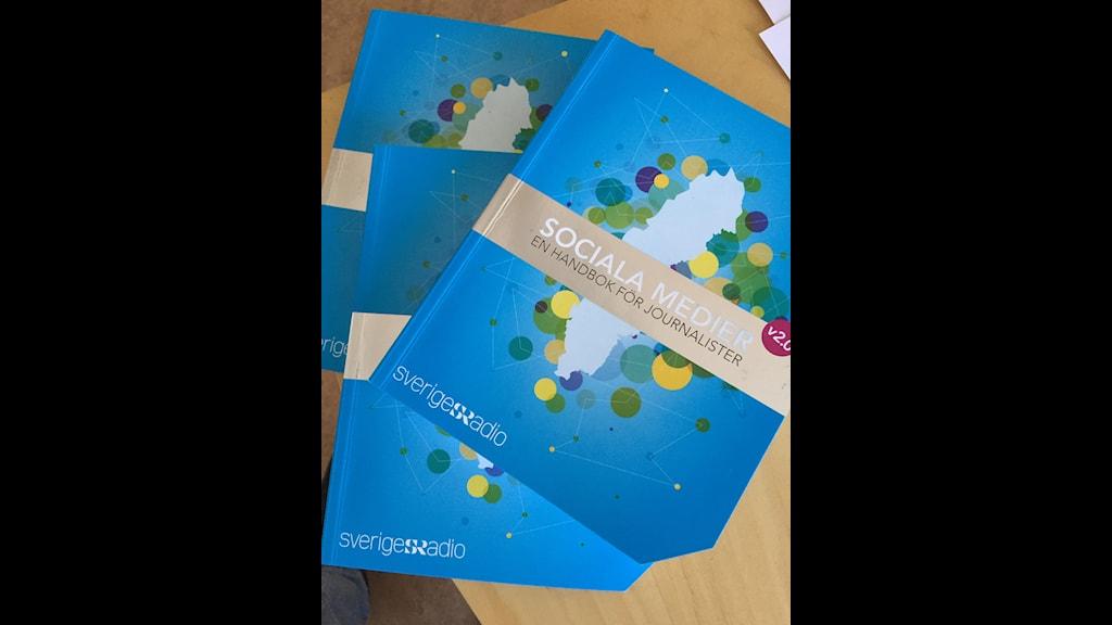 Sveriges Radios sociala medier-handbok version 2.0. Foto: Martin Jönsson/Sveriges Radio