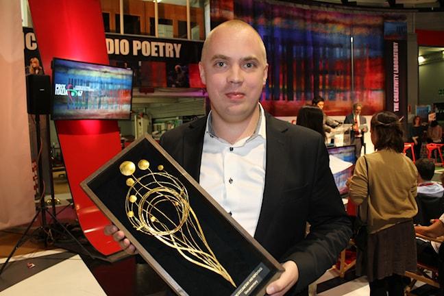 Måns Mosesson vinner Prix Italia Foto: Irma-Liisa Pyökkimies/Sveriges Radio