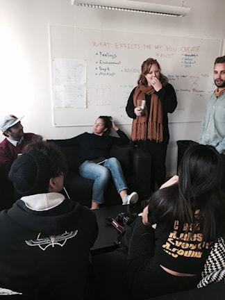 Studenter vid en utbildning på Hyper Island i Stockholm. Foto: Samanda Ekman/Sveriges Radio