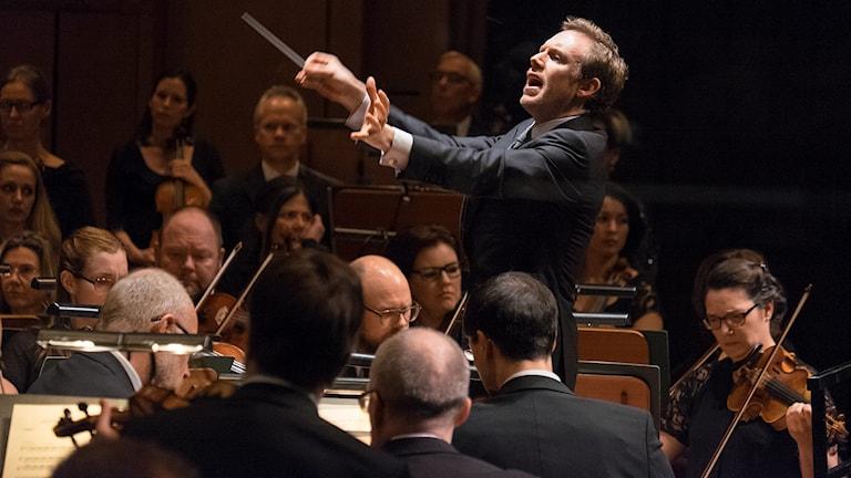 Daniel Harding och Sveriges Radios Symfoniorkester. Foto: Arne Hyckenberg.