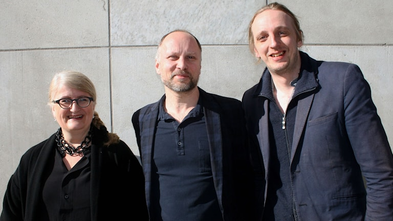 Brit Stakston, Nils Resare och Martin Schibbye tilldelas Årets Medieorm 2015. Foto: Cecilia Djurberg/Sveriges Radio