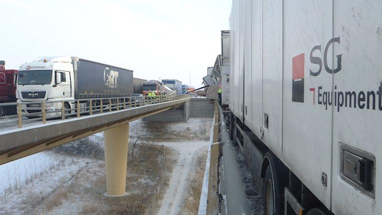 Masskrocken på Tranarpsbron januari 2013. Foto: Räddningstjänsten Skåne Nordväst