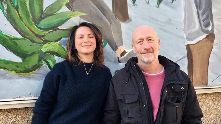 Christy Chamy och Peter Johansson är reportrar för P4 Stockholm i Järvaområdet. Foto: Ulla Walldén/Sveriges Radio