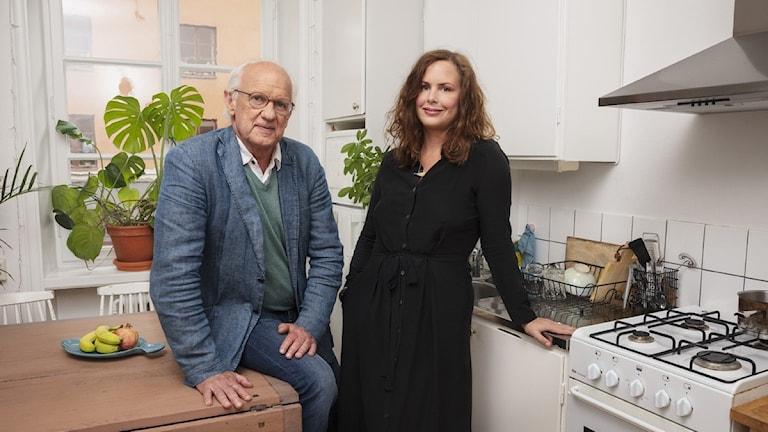 P3 Psykologen med Lasse Övling och Hanna Hellquist. Foto: Mattias Ahlm/Sveriges Radio