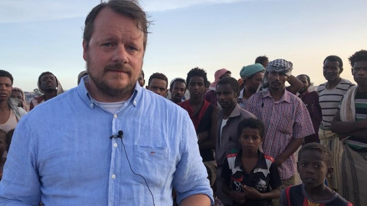 MÖ korrespondenten Johan-Mathias Sommarström i ett flyktingläger i Jemen.