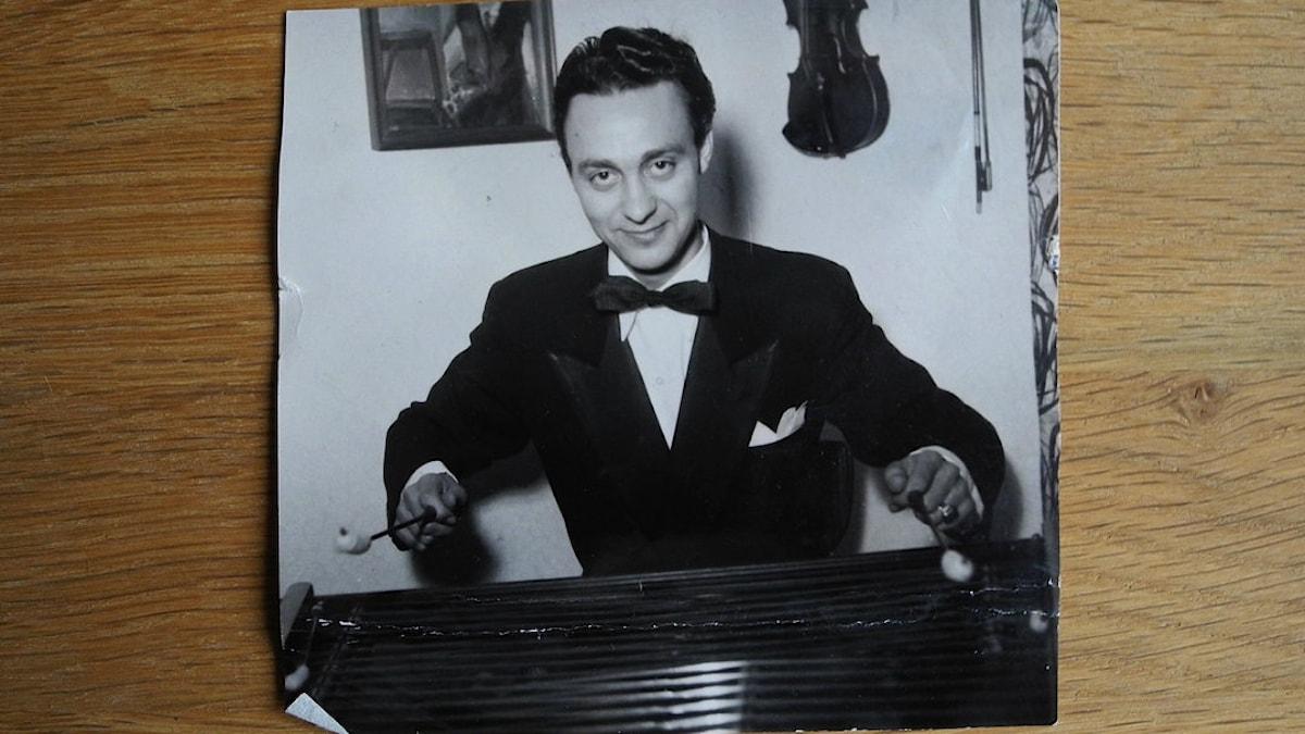 Rudi Lakatos, cimbalomspelare. Foto: Privat
