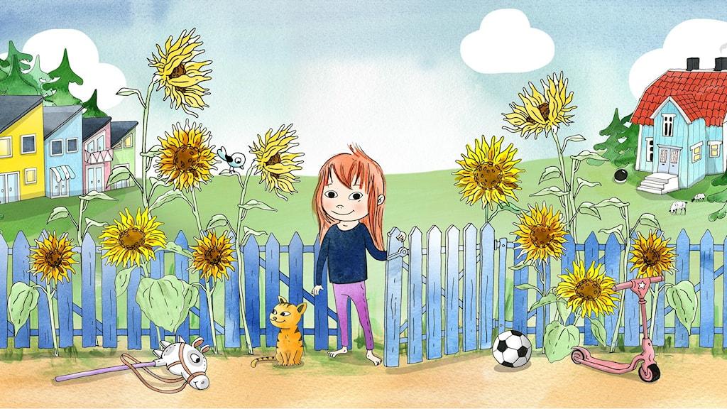 Saga står vid grinden på ett blått staket där det växer fullt med höga solrosor. Hon ser glad ut. Illustration: Emma Göthner
