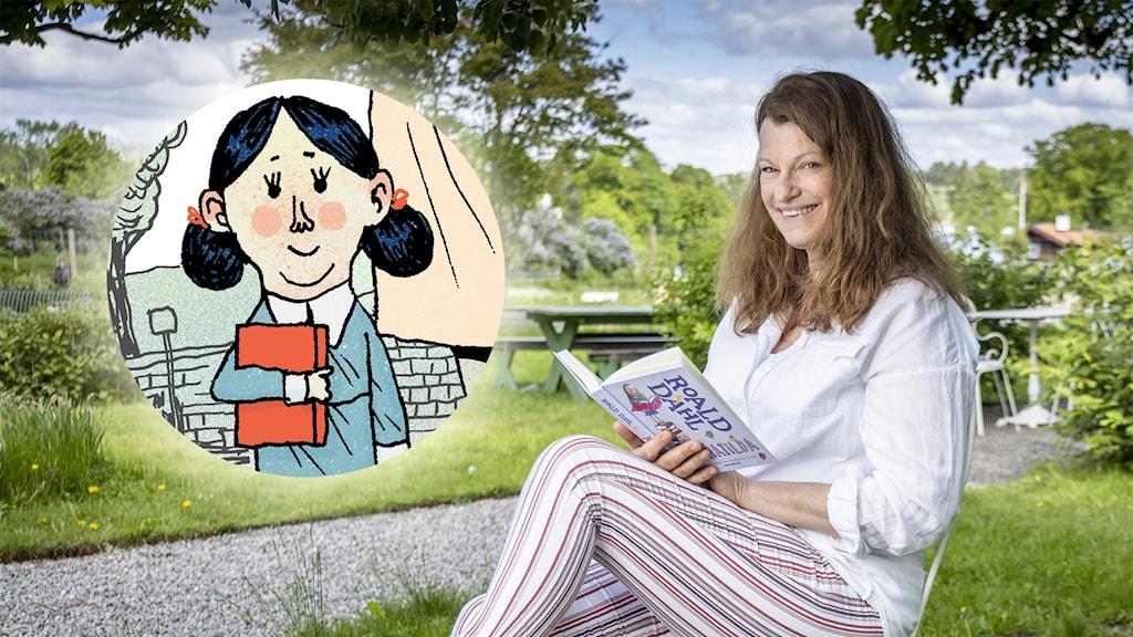 Charlott Strandberg sitter utomhus under ett träd och läser boken Matilda av Roald Dahl i Barnradion. Infällt i bilden är en tecknad bild av Matilda. Foto: Micke Grönberg/Sveriges Radio. Illustration: Erik Svetoft