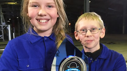 Vinnare 2016: Klara Magnusson och David Mörling från Sävar klass 5A.