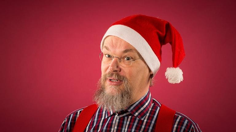 Sam Jakobsson väljer julens musik. Foto: Mikael Grönberg/Sveriges Radio