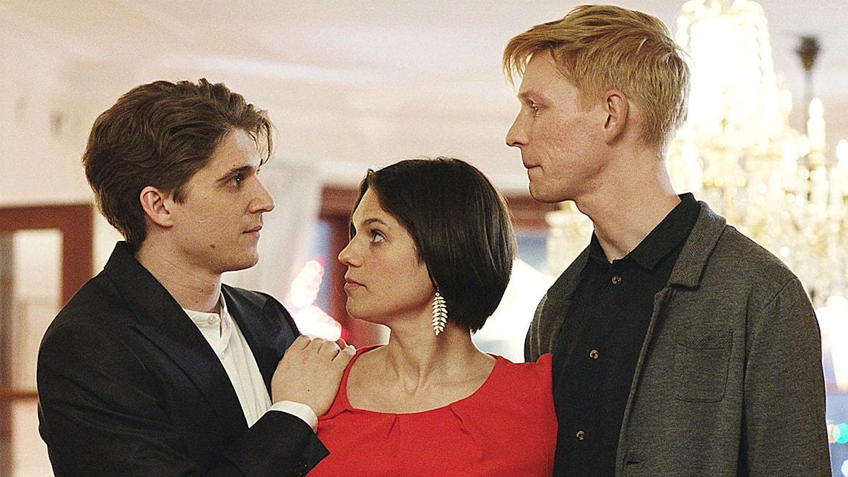 Simon, Cissi och Oscar i En underbar jävla jul av Helena Bergström. © 2015 Peter Mokrosinski, Sweetwater Production AB