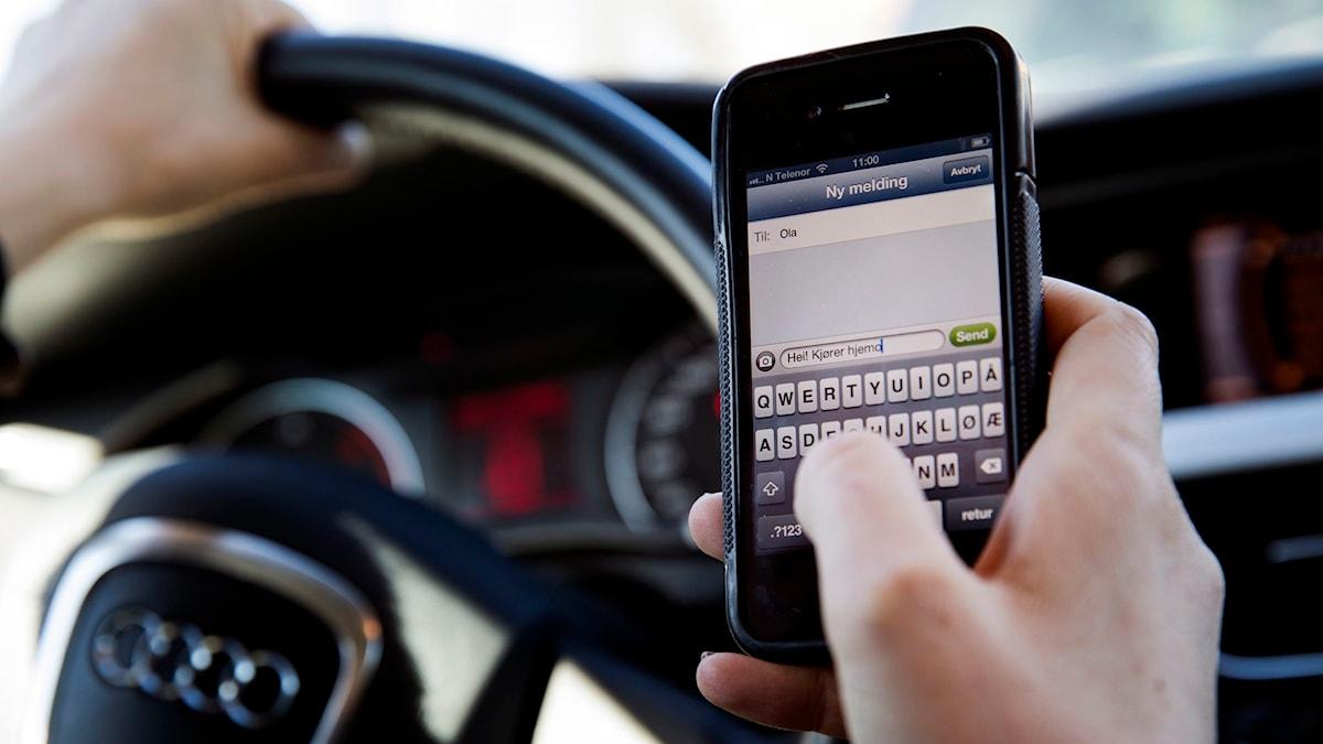 mobil i bil