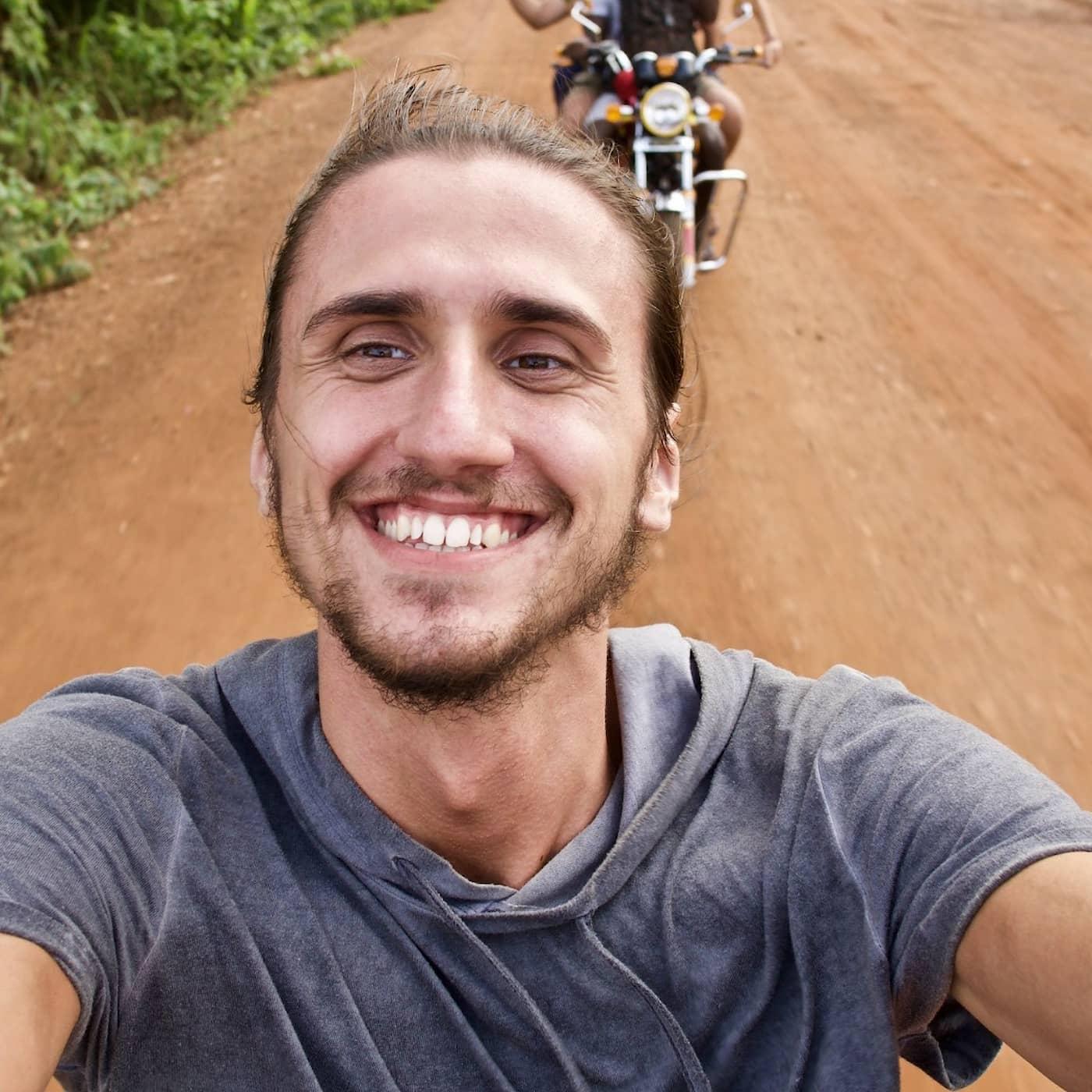 David mötte döden – nu räddar han världen