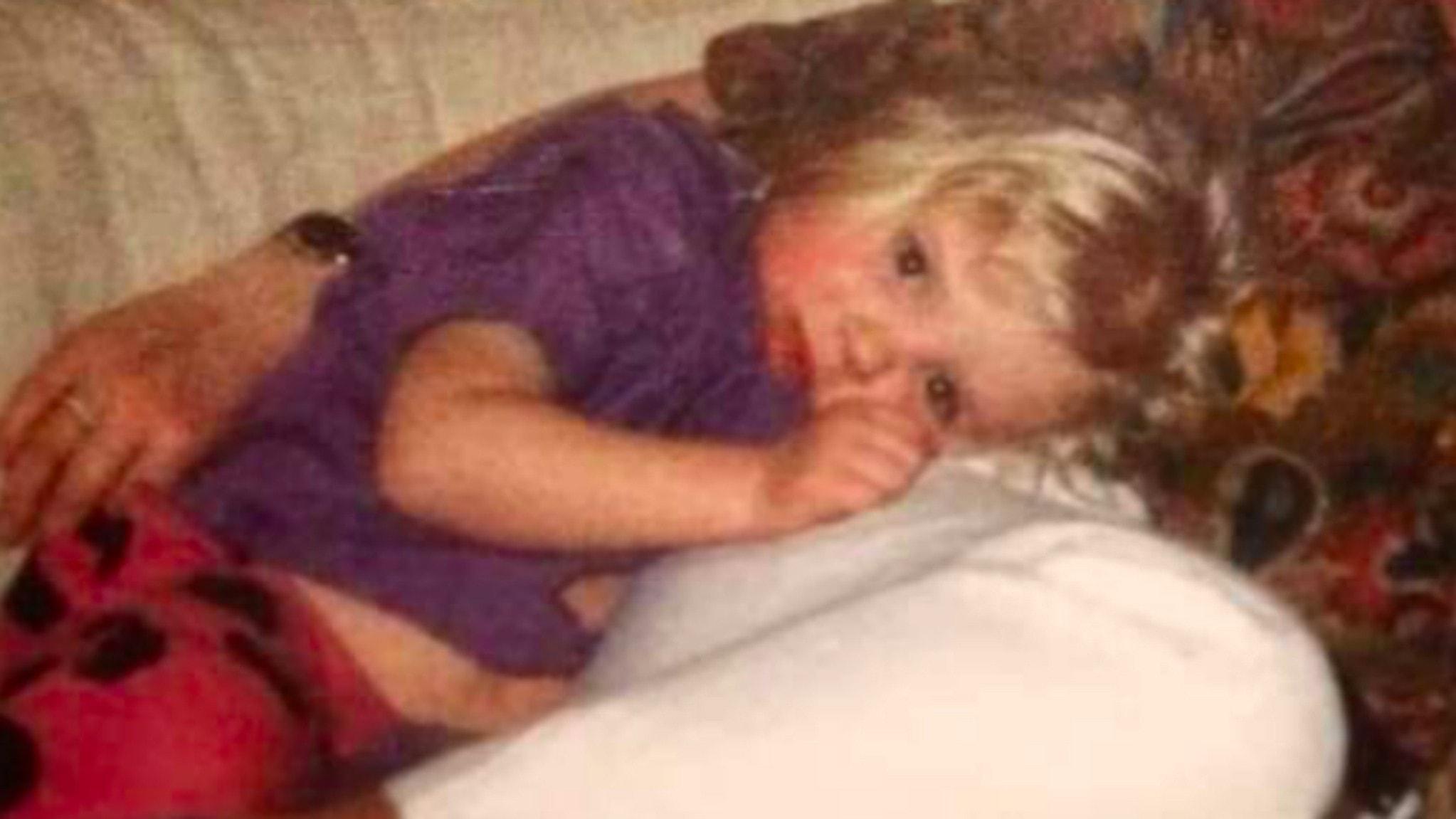 Mamma dödad i sängen bredvid