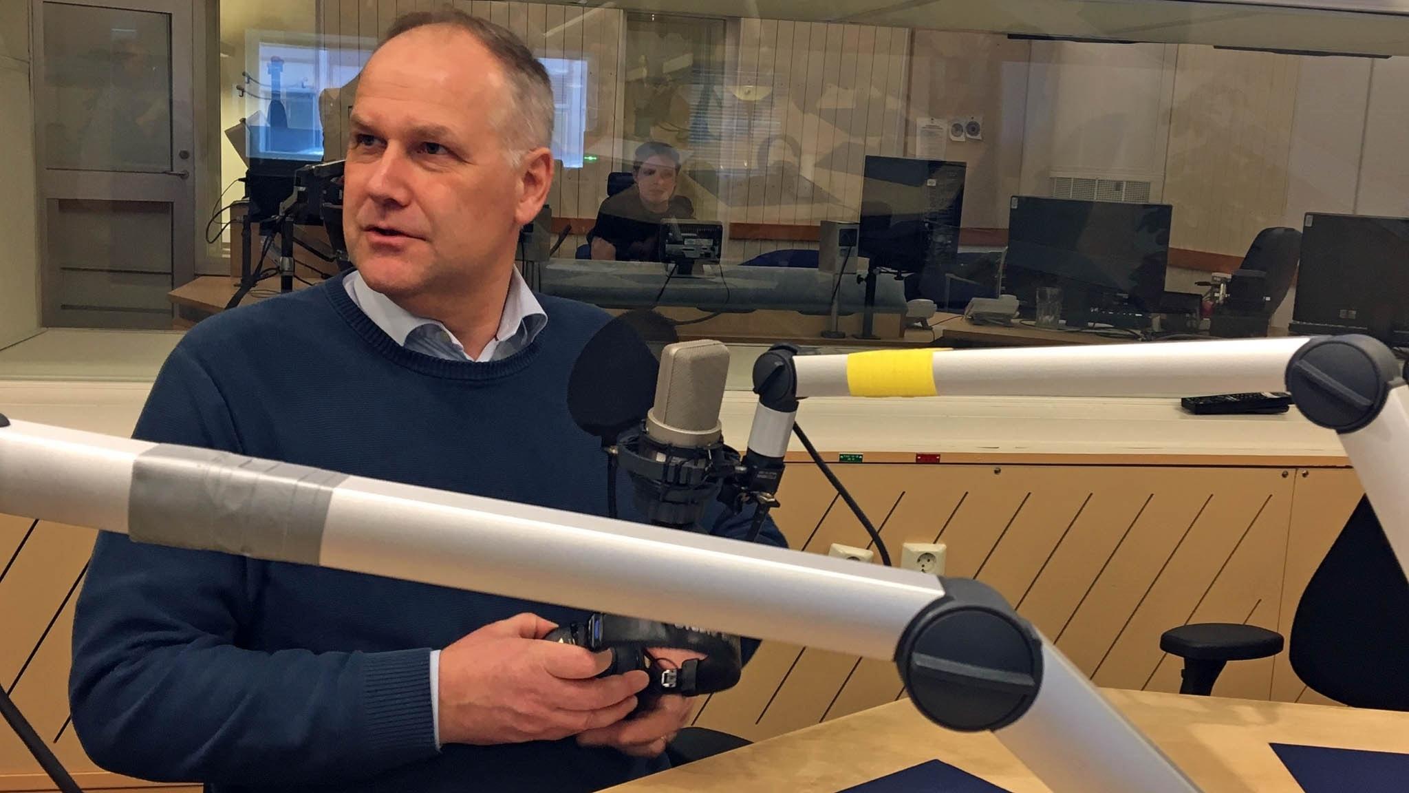 Jonas Sjöstedt - är (V) stärkt eller försvagat av samarbetet?