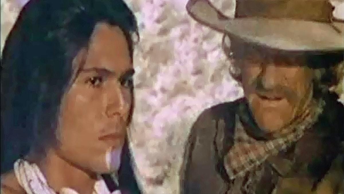 Vargtass och Zeb Macahan i det sista avsnittet av Familjen Macahan den 24 november 1979