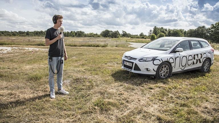 Reporter och Sveriges Radio-bil