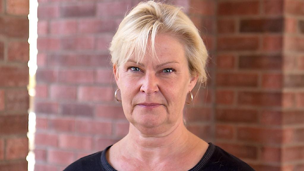 Elisabeth Adolfsson, nyhetspresentatör.