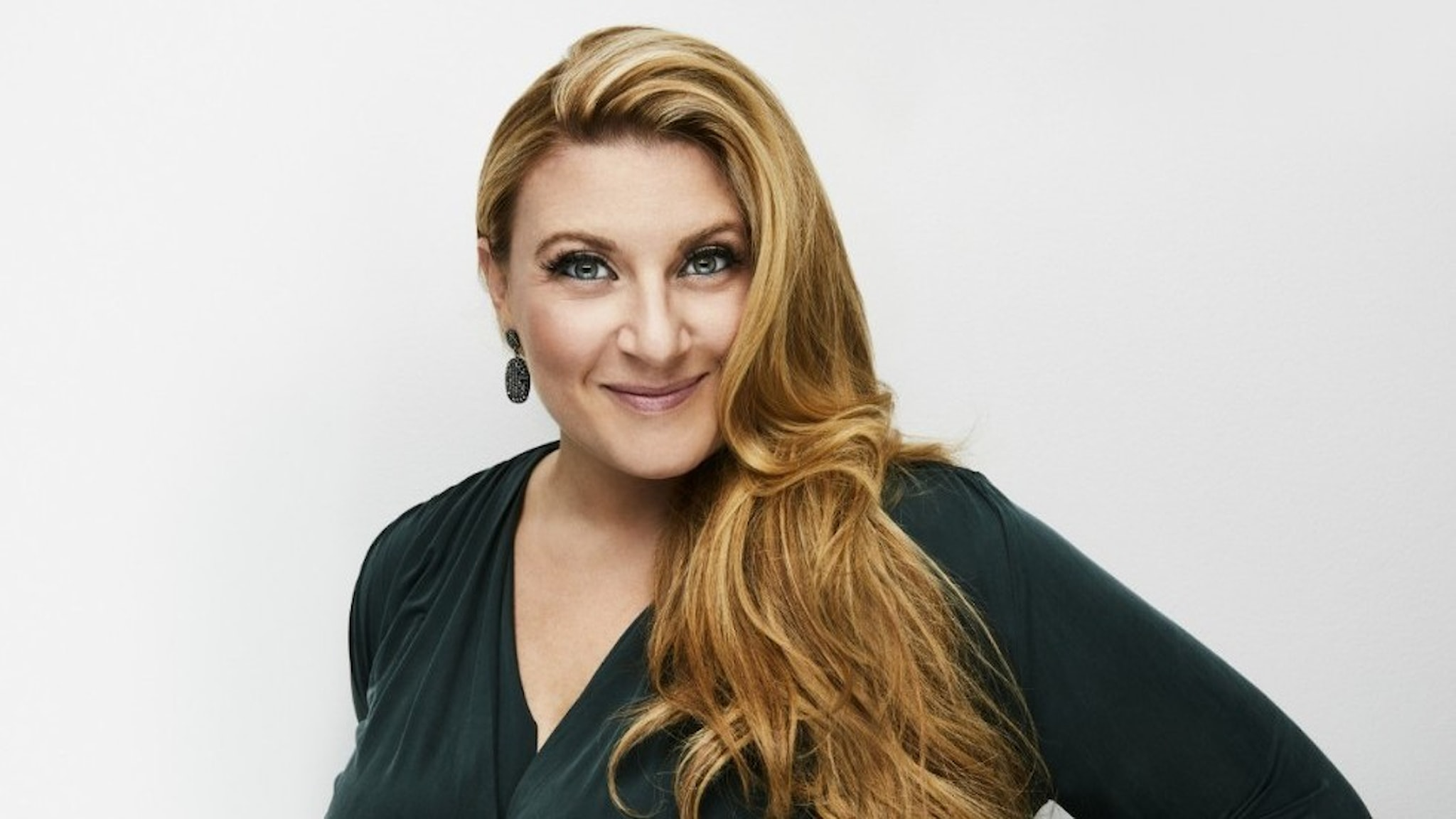 Sarah Dawn Finer leder Karlavagnen