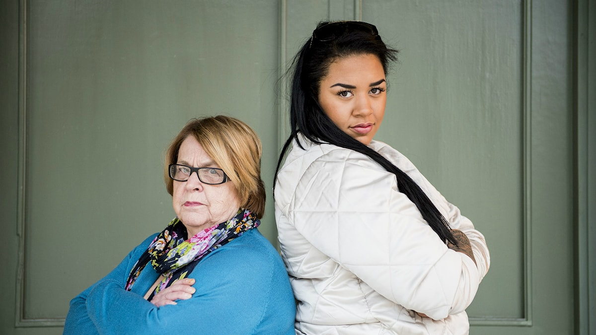 """May-Britt Hellman och Rosanna Charles i SVT:s """"under samma tak"""". Foto: Nora Lorek/TT"""
