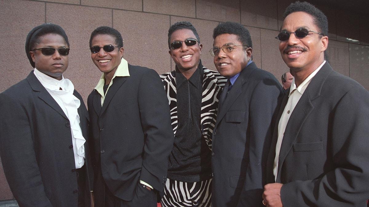 Fem av nio Jacksonsyskon