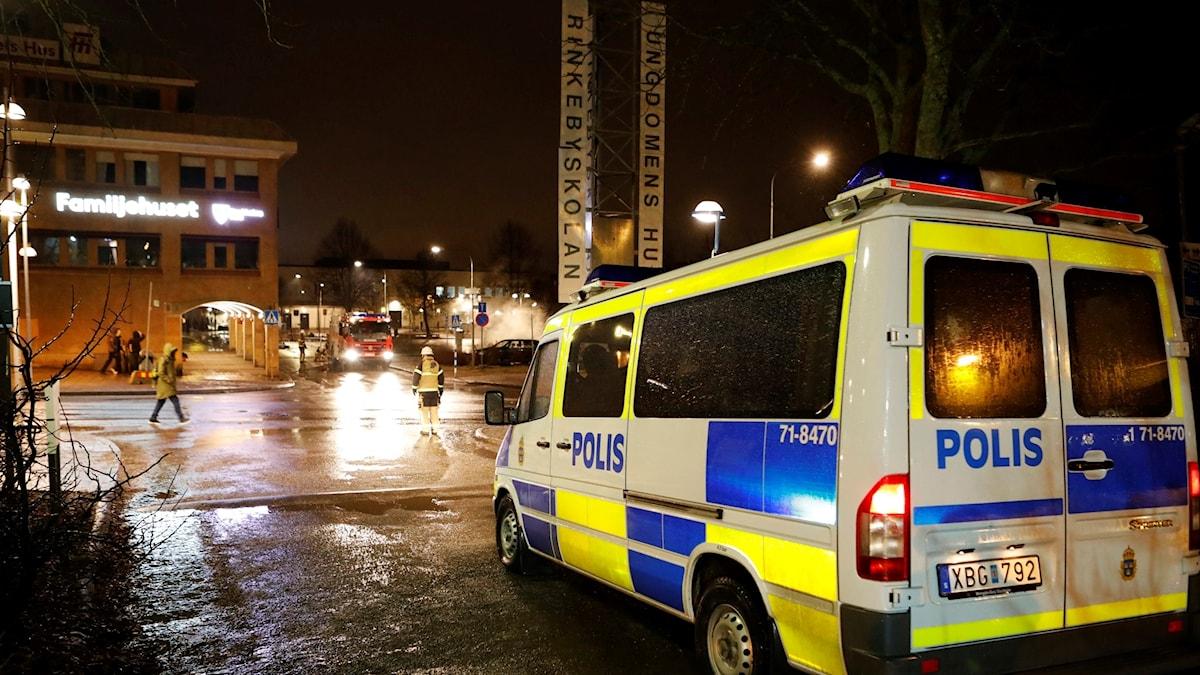 Polisbil i Rinkeby