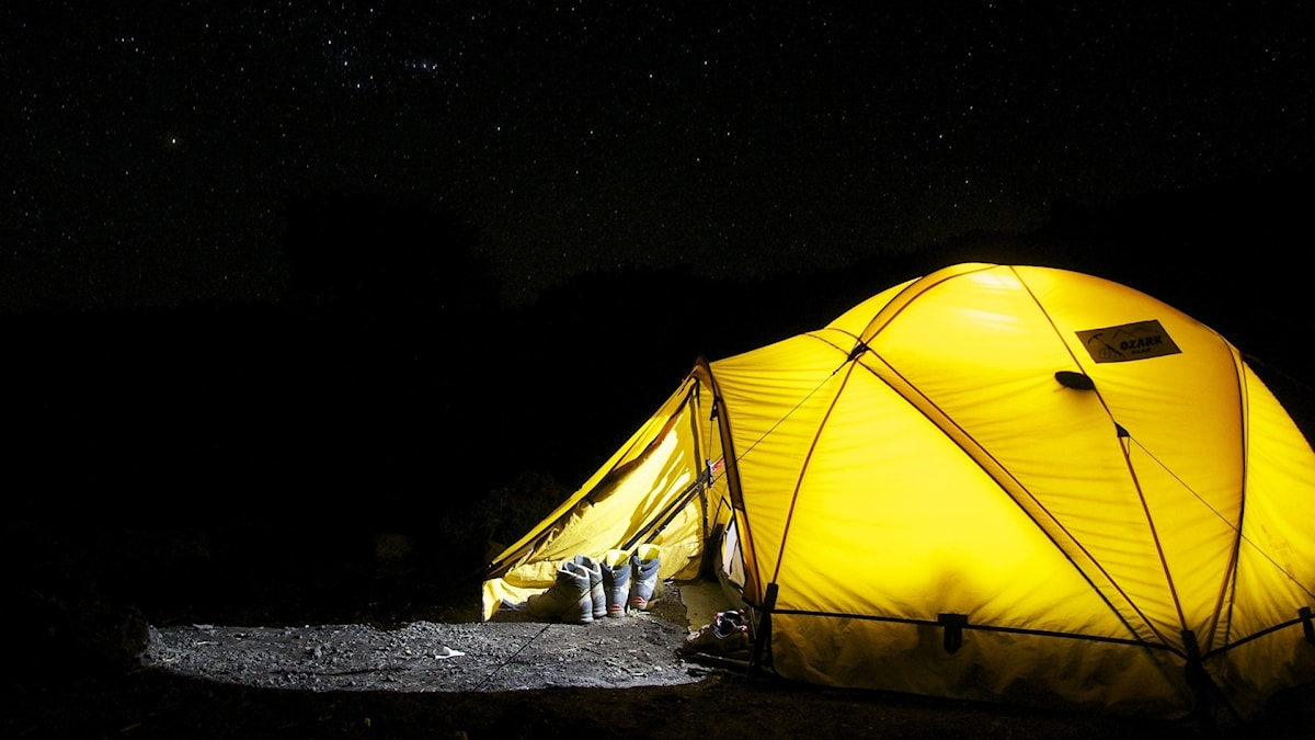tält på natten