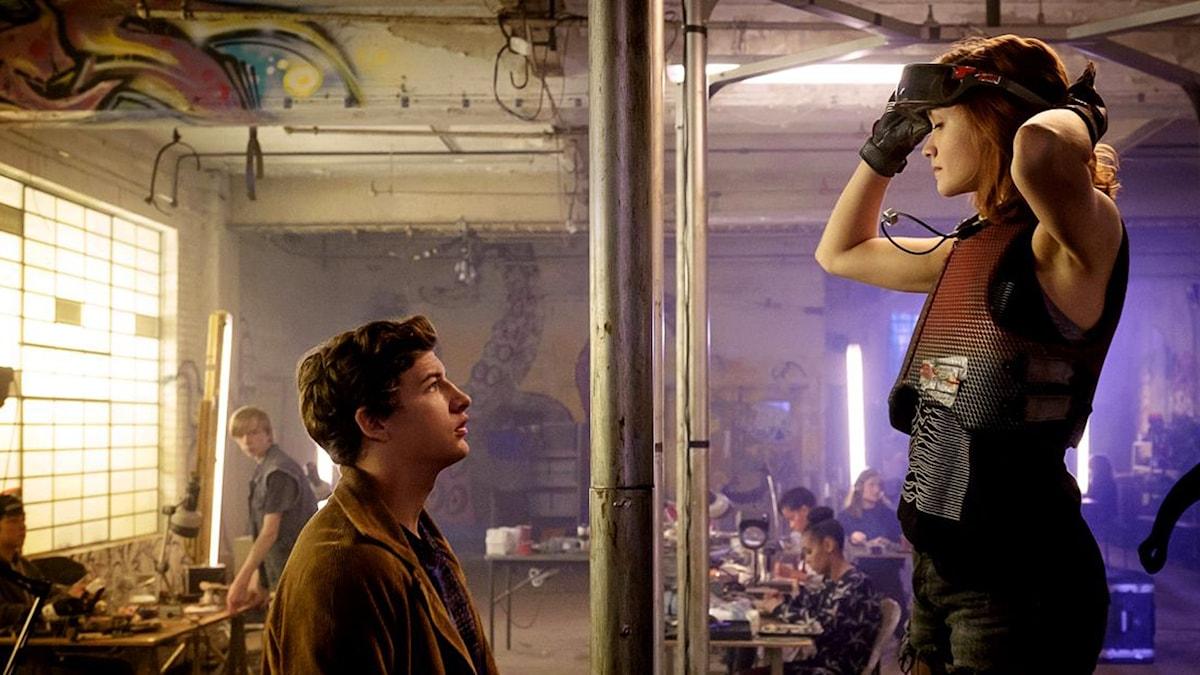 Tye Sheridan och Olivia Cooke i Ready Player One. Foto: Fox Movies.