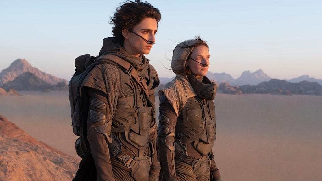 "Timothée Chalamet och Rebecca Ferguson i ""Dune"""