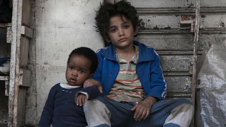 Zain Al Rafeea gör 12-årige Zain som stämmer sina förldrar i filmen Kapernaum. Foto: Scanbox Entertainment.