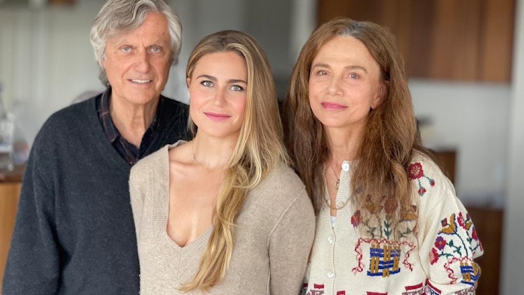 Lasse Hallström, Tora Hallström och Lena Olin.