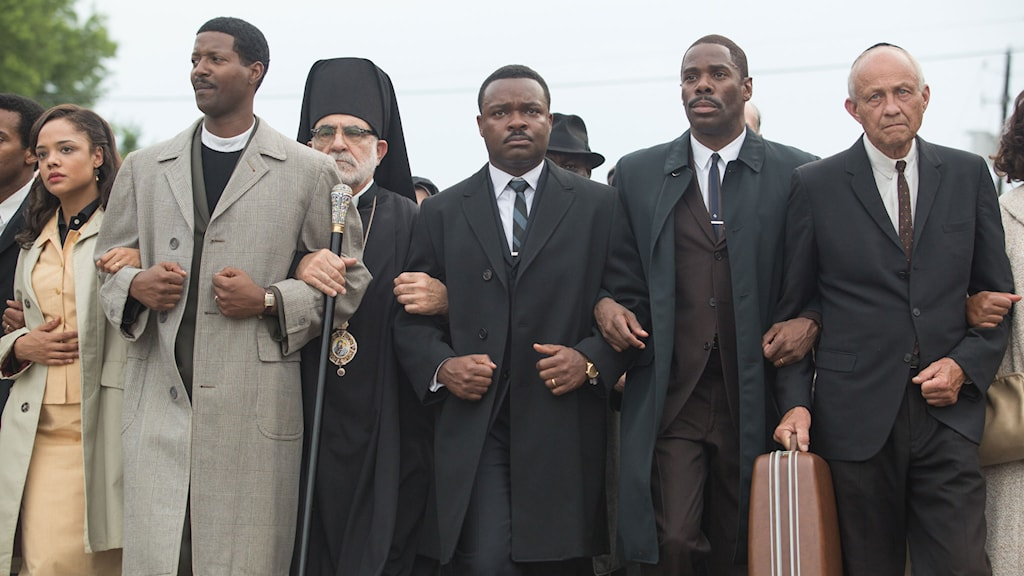 David Oyelowo som Martin Luther King i Selma (i mitten). Foto: Disney.