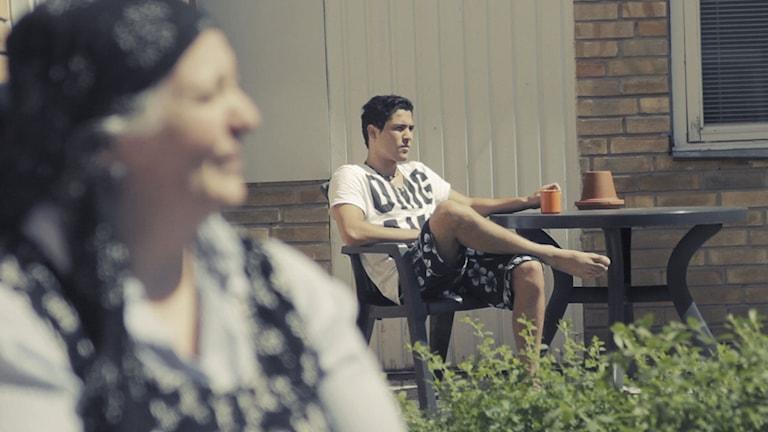Aina och Sami i dokumentären Förvaret. Foto: Folkets Bio.