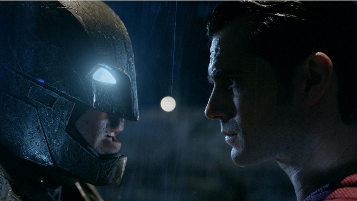 Ben Affleck och Henry Cavill i Batman v Superman: Dawn of justice. Foto: Fox Movies.