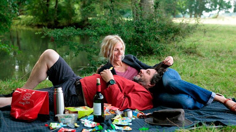 Bruno Podalydès och Sandrine Kiberlain i Den ljuva flykten. Foto: Edge Entertainment.