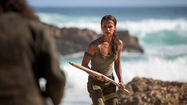 Alicia Vikander som Lara Croft i Tomb Raider. Foto: SF.
