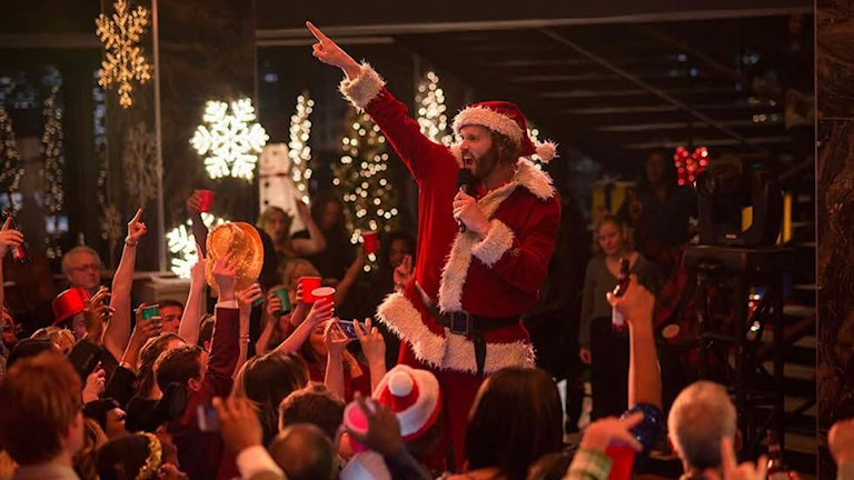 T.J. Miller som Clay, firmans chef, i Office Christmas Party. Foto: Nordisk Film.