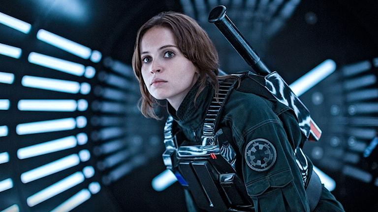 Felicity Jones som Jyn Erso i Rogue One: A Star Wars story. Foto: Disney.