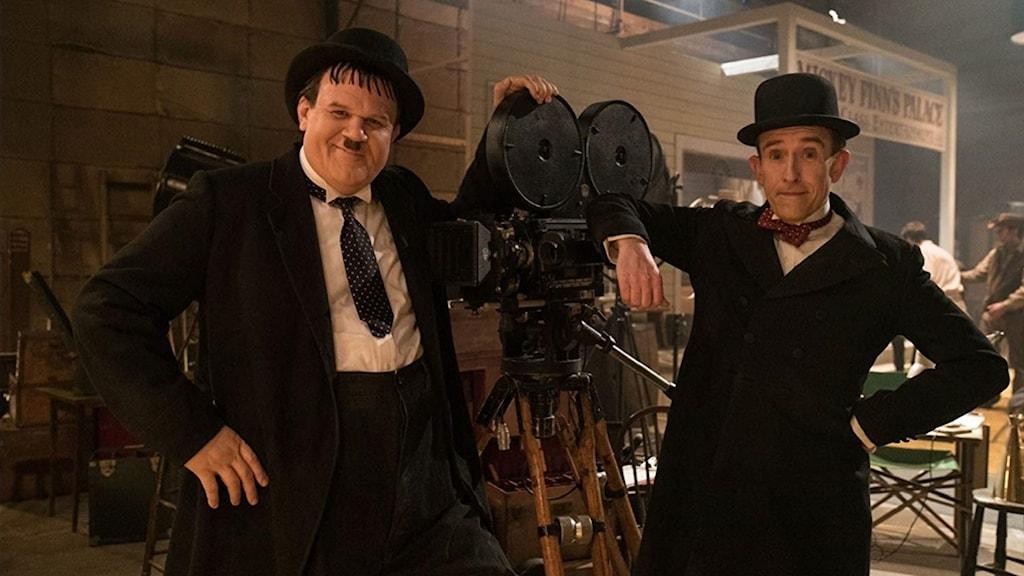 John C Reilly som Helan och Steve Coogan som Halvan i Helan & Halvan. Foto: Noble Entertainment.