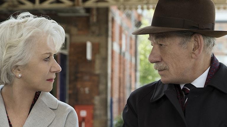 Helen Mirren och Ian McKellen i The Good Liar.