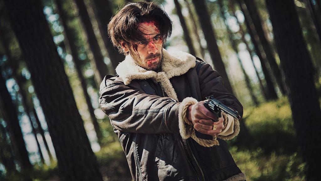 """Ola Rapace gör huvudrollen i """"Vitt skräp""""."""