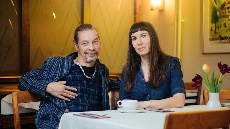 Bob Hansson och Mirja Unge svarar på publikens frågor.