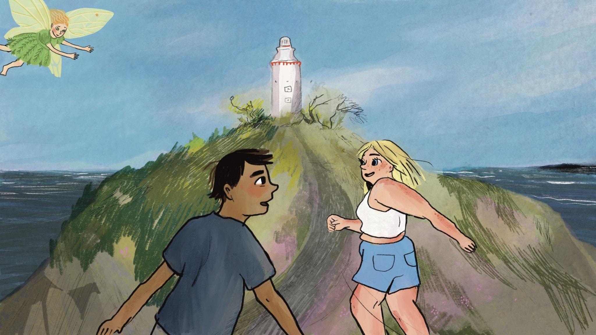 Melker springer efter Ninni på en stig mot en fyr. I hörnet av bilden är en liten älva med rött hår och grön klänning som ingen av dem ser. Illustration: Matilda Ruta