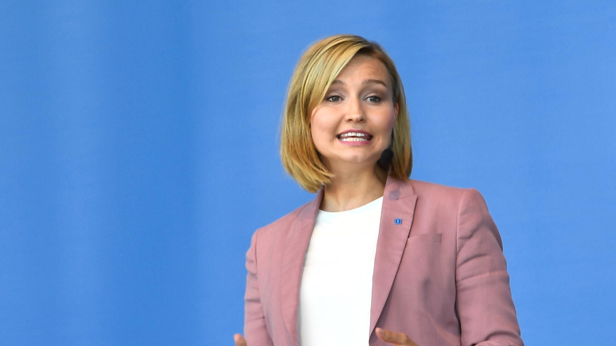 Ebba Busch Thor (KD) talar i Almedalen 2018